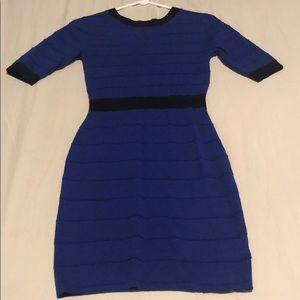 Stretchy FOREVER 21 Navy blue 3/4 sleeve dress.